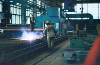 Manufacturing-Industry-Menu-Blog-Creative